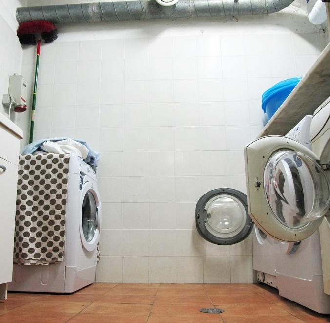 2014_07_28_KUVAMIETE_Laundry-room-W_PHA